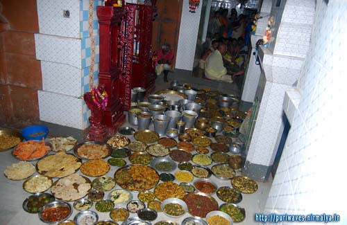 251 types variety of mouth-watering delicacies are offred to Radha-Krisna at Radhashyam Math, Puri
