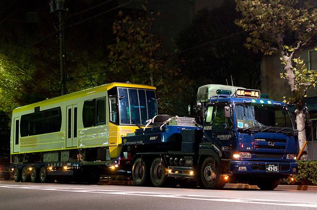 東京都交通局都電荒川線8800形 8810 陸送・搬入