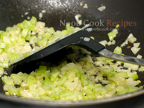 طريقة عمل طبق الدجاج المشوي لذيذ بالصور 5253723059_96325a5dc3_o.jpg