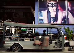 Hey there kitty cat (lynhdan) Tags: street bar poster thailand southeastasia billboard prostitution tuktuk prostitutes redlightdistrict pattaya gogobar streetthailand earthasia totallythailand lynhdan