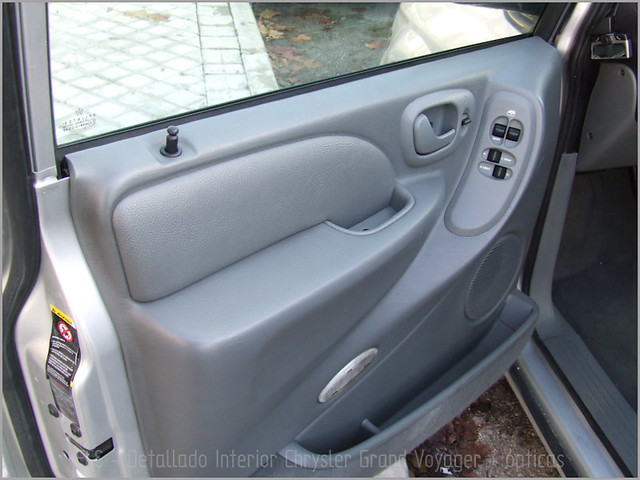 Chrysler Grand Voyager - Det. int. </span>+ opticas-11