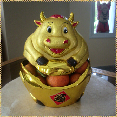 cny-cow-decoration