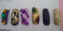 Nail art 2 (Bretagne_Revenge) Tags: black green art glitter gold purple lace nail feathers jewels