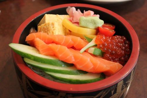 Megumi_salmon ikura don