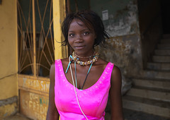 And suddenly, coming out of the ruins...Huambo Angola (Eric Lafforgue) Tags: woman black cute tourism girl beauty african angola tourismo herero 02140 hereros novalisboa