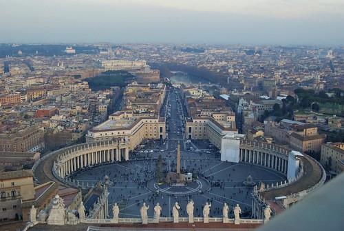 Piazza San Pietro dall'alto della Cupola