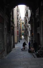 Callejn Barcelona (Jorge Rodriguez) Tags: barcelona street espaa spain alley ciudad boqueria callejn mfcc colorphotoaward