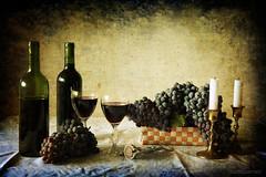 Vitis vinifera et vinum (Bodegn enolgico) (osolev) Tags: stilllife texture textura fruit via wine fruta grapes baco cristal velas vinho corcho copas vidrio textured vino bodegon tapon naturemorte vitis viticultura uvas naturalezamuerta vid fruto cirios lienzo botellas vinum candelabros vinifera racimos sacacorchos dioniso enologia ltytrx5 ltytr1 texturizada pareeerica osolev tatot flickraward magicunicornverybest flickraward5 flickrawardgallery goldenantique