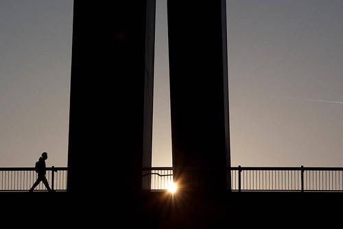 silhouette op de Willemsbrug, Rotterdam