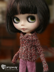 Julieta in tweed