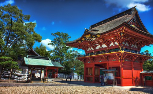 A nice wide view of Iga Hachimangu, a famous shinto shrine in Okazaki. There is an interesting legend concerning Ieyasu at this shrine.