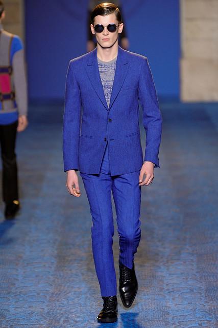 FW11_Milan_Versace027_William Eustace(VOGUEcom)