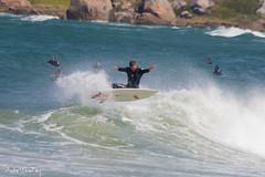 Flyby (Andre Werutsky) Tags: beach praia onda waves surf surfing surfphotography garopaba ferrugem fly aereo air