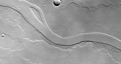 ESP_045368_2040 (UAHiRISE) Tags: mars nasa mro jpl universityofarizona uofa ua landscape geology science