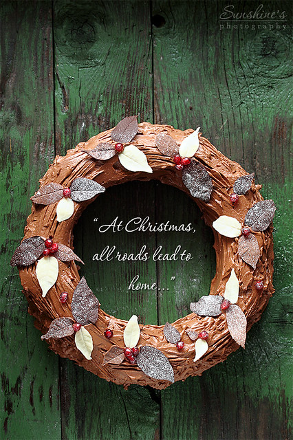 2/25 Christmas Chocolate Wreath