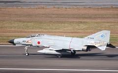 [フリー画像] 乗り物, 航空機, 戦闘機, F-4 ファントム II, 自衛隊, 201104042300
