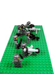 AFV Project - yet more stuff (Karf Oohlu) Tags: lego bazooka minifig rocketlauncher moc 50cal heavymachinegun assaultteam assaultsquad lightantitankweapon assaulttroops canitershot