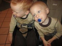 IMG_4761 (drjeeeol) Tags: baby love brothers siblings charlie will triplet 2010 26monthsold