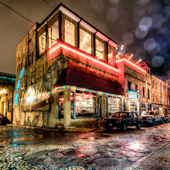 Havana in the Rain (Sky Noir) Tags: street travel usa storm wet rain weather bar night dark photography lights restaurant virginia alley colorful shine unitedstates market havana richmond cobblestone va farmer 17th 59 rva skynoir bybilldickinsonskynoircom