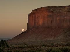 058 Nos 4 Monument Valley (SaltydogJacko) Tags: leica arizona usa rocks monumentvalley