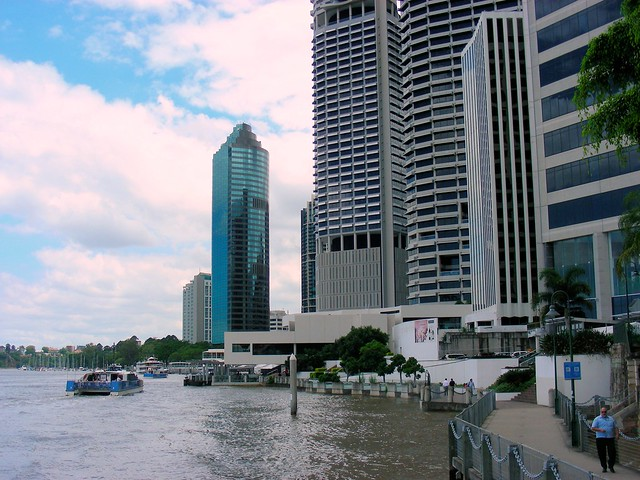 9 Dec 2010: Along the Brisbane River. This area is already undergoing flooding.