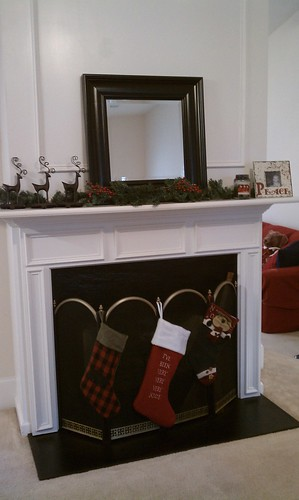mantle/stockings.