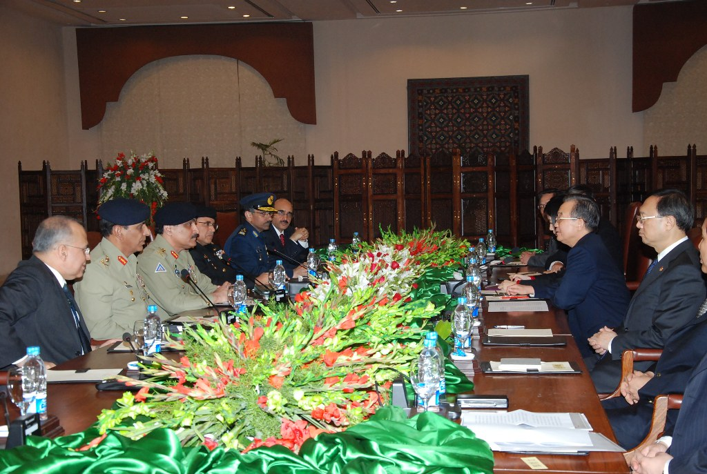 Services Chiefs met Chinese Premier Mr. Wen Jiabao