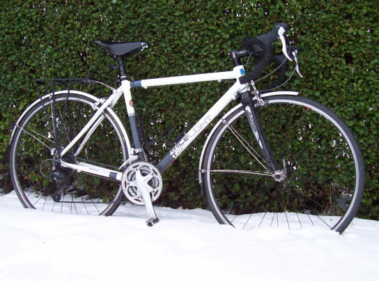 kinesis_racelight_t2_2010_winter_bike_in_snow