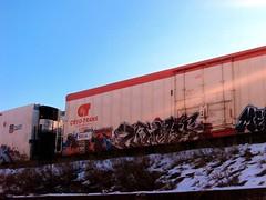 Luc (+PR+) Tags: railroad streetart chicago night graffiti trains doit spraypaint railfan freight railcars reefer rollingstock rxr gns benching cryotrans