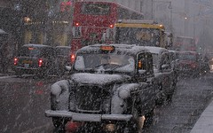Heavy snowfall / snow on Oxford Street, London - December 2010 (bobaliciouslondon) Tags: snow bus london buses snowflakes taxi dump taxis passengers selfridges snowing snowfall cabs stranded oxfordstreet snowday blackcab oxfordst londontaxi lotsofsnow shutdown fallingsnow heavysnow lti blackcabs heavysnowfall snowfalling weatherwarning gritter snowdump transdev bigfreeze metoffice