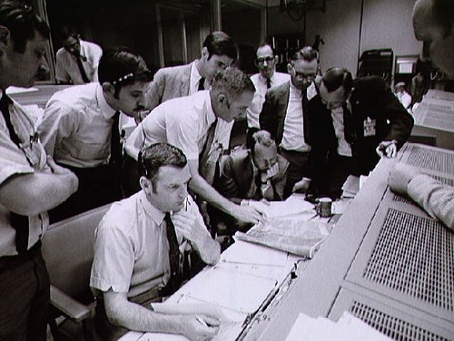 Apollo13MissionControl1