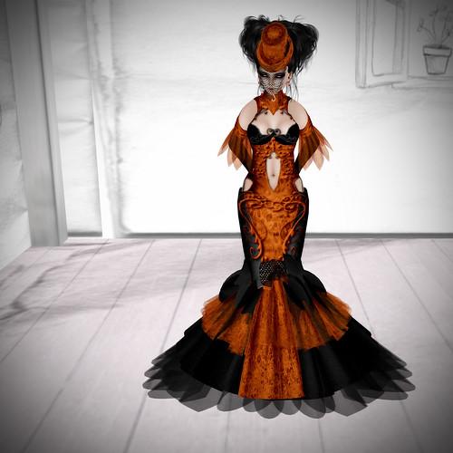 Falln dress, Frick skin