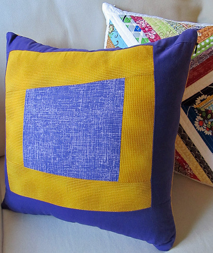 wonkey log cabin pillow back