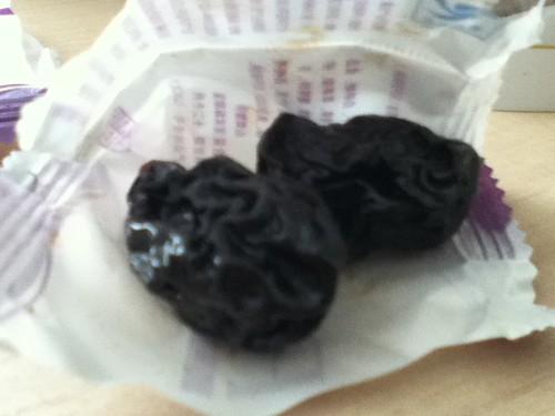 2011-01-04 - Snack - 02 - Prune sachet