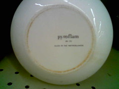 Made in the Netherlands (thriftlover) Tags: netherlands teapot corning corelle pyroflam