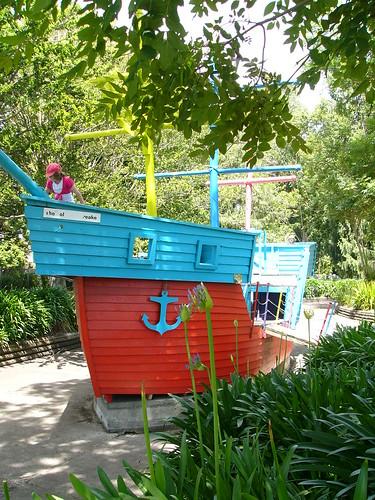 20110103i Pirate Ship, Kowhai Park, Wanganui