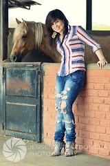 170167_154338584614898_100001162730694_269416_8291329_o (JESSENIA VLEZ BONILLAPHOTOGRAPHY) Tags: caballos ecuador chica manta sudamerica hija manabi caballeriza leonela mitho tonela