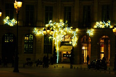 Paris illuminations de Nol Place Vendme 2 (paspog) Tags: paris france illuminations placevendme festivelights
