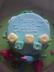 30053_10150168952360567_809645566_12244116_4035399_n (The Baking Beauties) Tags: cake swansea wales yummy sweet mmm icing cakedecorating sugarcraft bakingbeauties