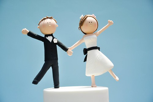 Wedding cake with bride and groom figurings