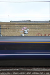 11:15 to reading (datachump) Tags: uk london gold graffiti peg trackside teko zerx 10foot