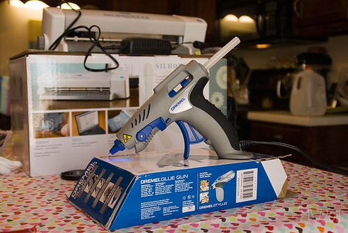 awesome Dremel glue gun