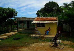 1476021_10152095769654528_1707494443_n (steveshaw67) Tags: cuban home house cayo coco chillin