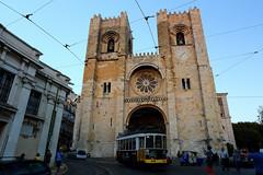 S de Lisboa, Lisboa, Portugal () Tags: sdelisboa church canon 6d portugal lisboa   frank photographer relax vacation friends 1740l sky