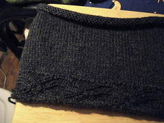 AvastBottom (YoAmes) Tags: wool knitting cables cardigan knitty ravelry