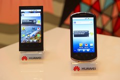 launch smartphones huawei (Photo: HuaweiOZ on Flickr)