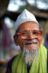 Pir (Saint) (Apratim Saha) Tags: old portrait people india man color 50mm nikon d indian 14 d70s oldman nikond70s dailylife nationalgeographic westbengal saha northindia siliguri apratim lifeinindia lifeculture apratimsaha