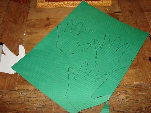 Handprint Tree 01