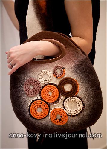 """войлочная сумка и шарф  """"кофейно-апельсиновый аромат """""""