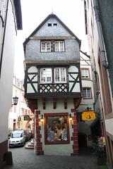 Alter Winkel (mitko_denev) Tags: germany deutschland haus halftimbered rheinlandpfalz bernkastel fachwerk fachwerkhaus timberframe bernkastelkues rhinelandpalatinate